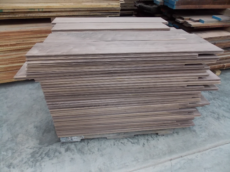 8 inch unfinished Walnut Flooring Shorts